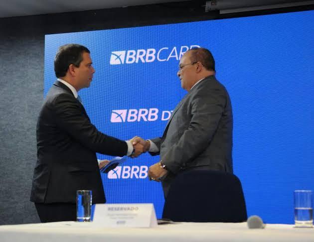 Ibaneis elogia atuação de Paulo Henrique Costa à frente do BRB