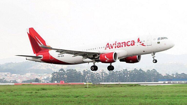Decolar é multada em R$ 752 mil por não avisar riscos na compra de passagens
