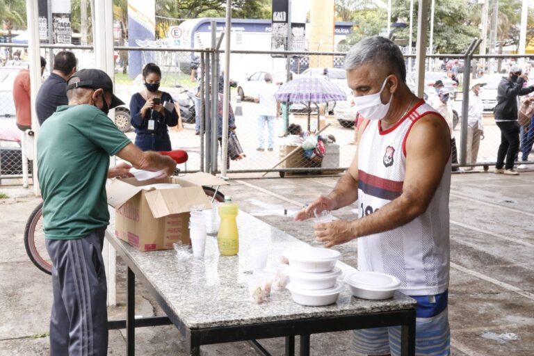 Aumenta a quantidade de refeições oferecidas nos restaurantes comunitários